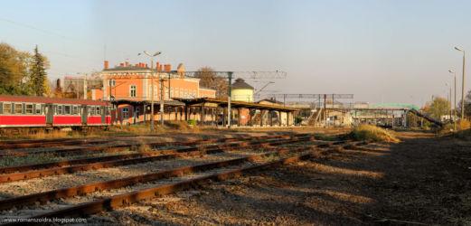 namyslow-dworzec-kolejowy-300