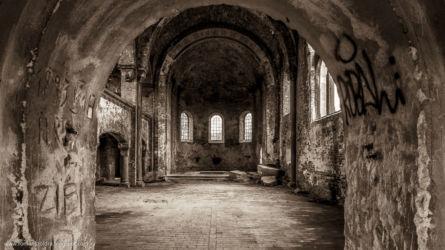 neogotycki-kosciol-pisarzowice-fotografia-namyslow-103