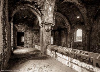 neogotycki-kosciol-pisarzowice-fotografia-namyslow-111
