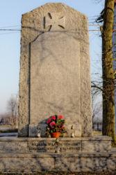 pomniki-poleglych-bukowa-krasowice-200