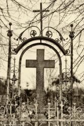 zabytki-opolszczyzny-smogorzow-grob-biskopow-101