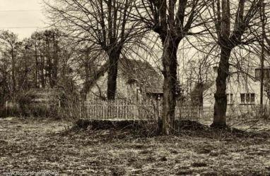 zabytki-opolszczyzny-smogorzow-grob-biskopow-109